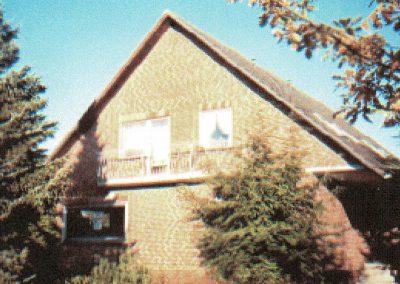 Großes Einfamilienhaus 280m2 mit 4 Whg 25479 Ellerau Grund1000m2 KP 650000_000015